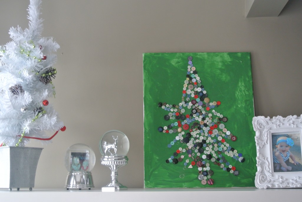 Canvas-Christmas-Tree-made-from-Buttons-2-1024x685