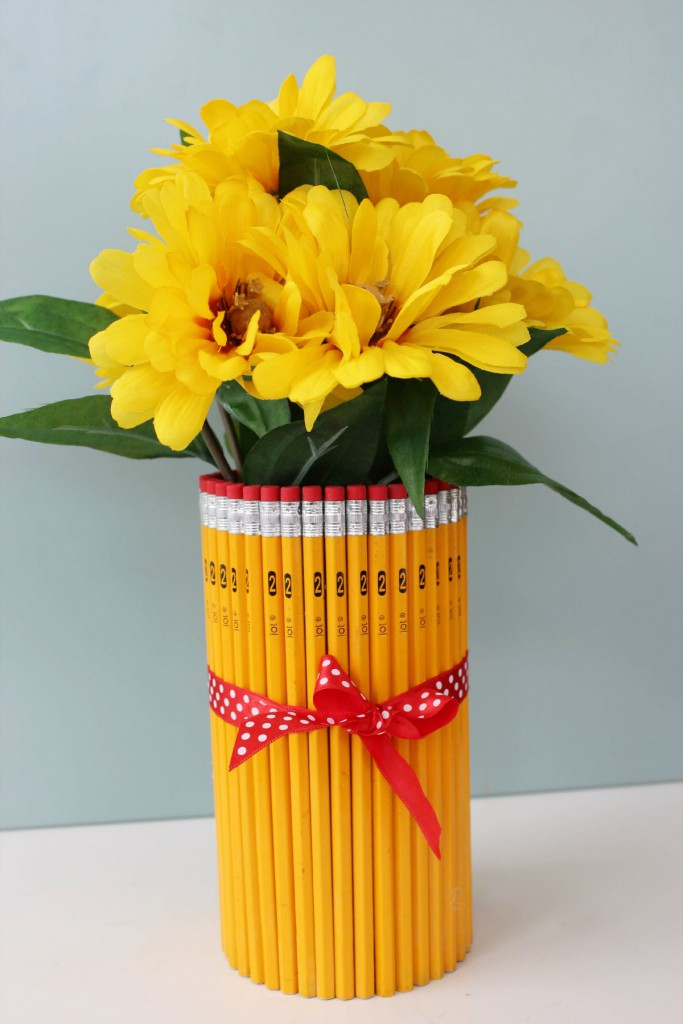 Teacher-Appreciation-Gift-Pencil-Vase